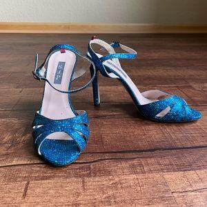 Sarah Jessica Parker texture glitter 7.5M sandals